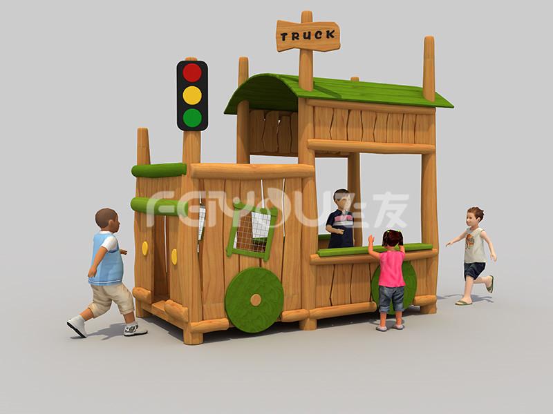 自然原木拓展设备让孩子享受自然的馈赠